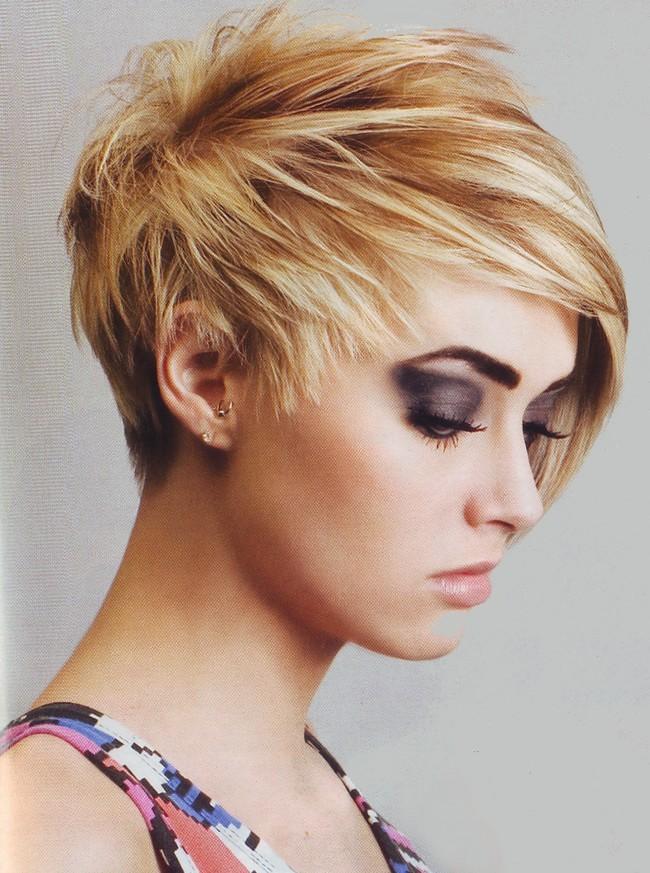 Tagli di capelli corti alla moda